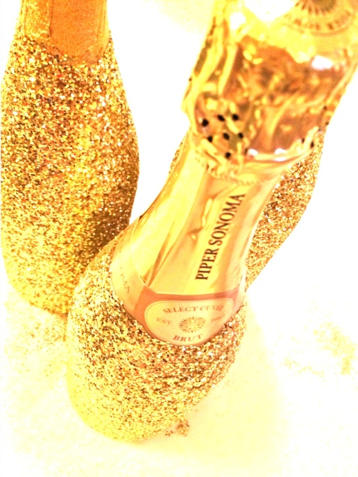 DIY Glitter Champagne-Darcy Oliver Design
