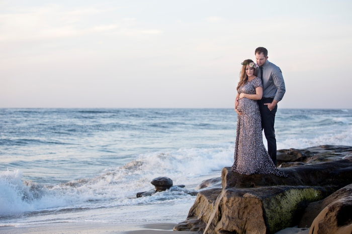 couple photography, rocks, ocean-Darcy Oliver Design